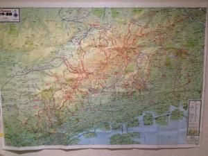 かなり赤くなってきた登山地図。