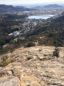 百間岩を登りきって振り返る。