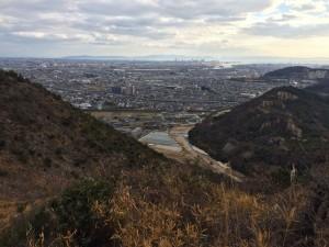 183mピーク付近から加古川市街を望む。