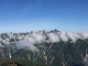 常念岳からの槍ヶ岳。
